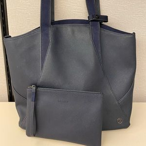 LULULEMON - Navy All Day Tote & Accessories